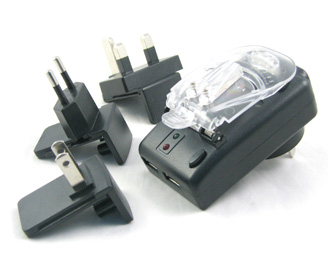 4 plug Clipshell Multi-function chargers - EU plug and US plug and AUS plug and UK plug